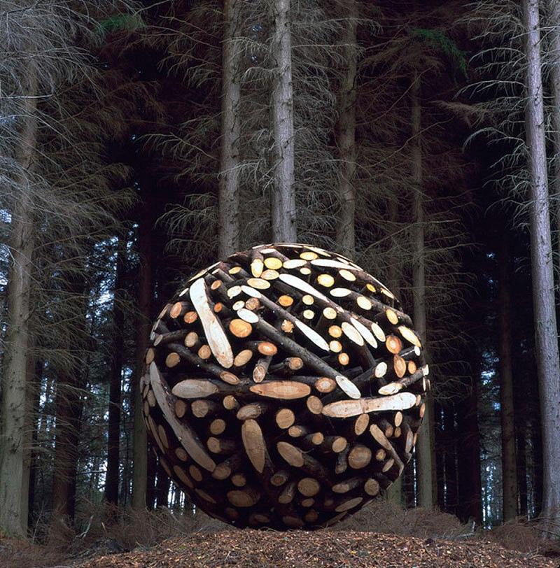 Скульптуры из дерева