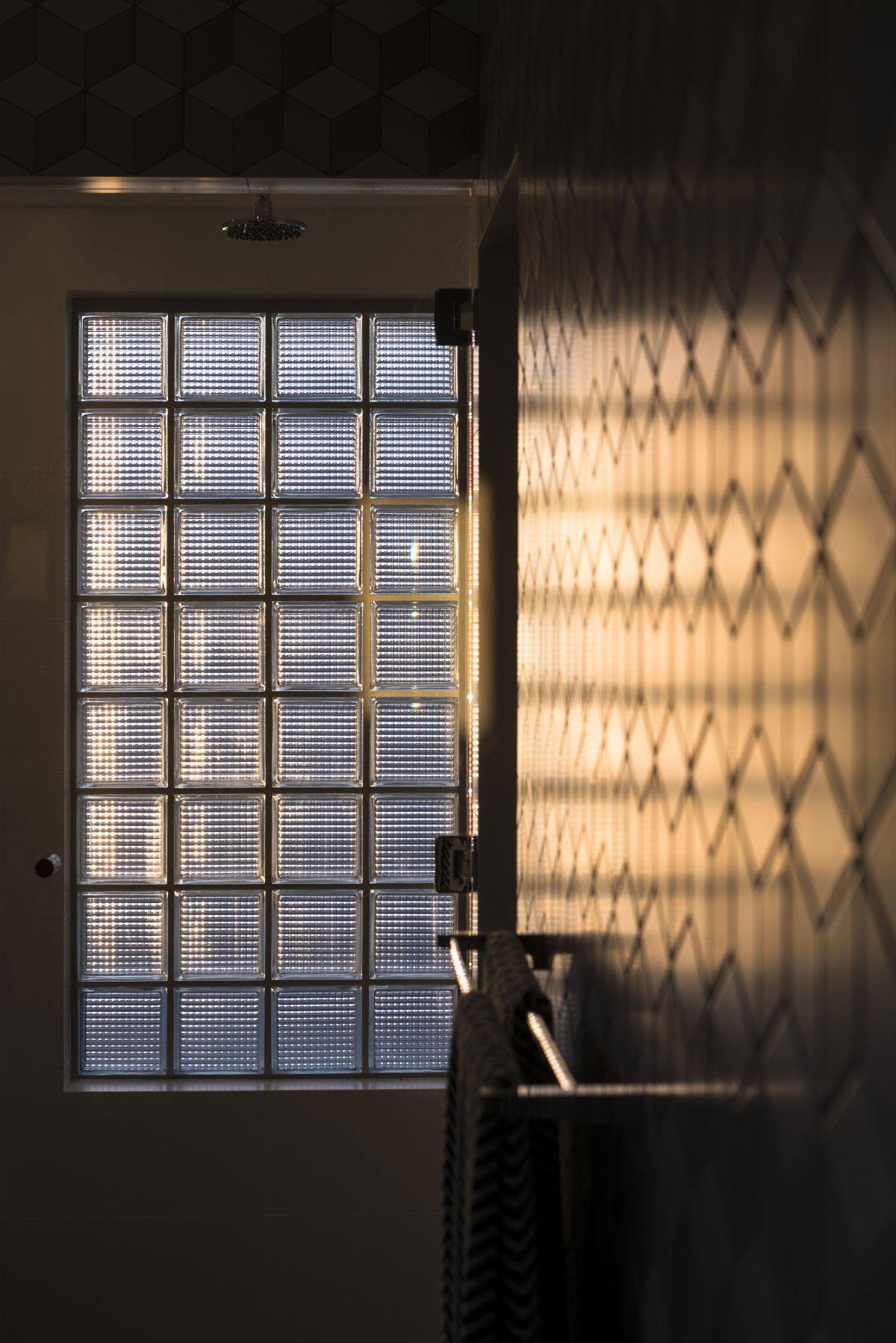 Модернизм интерьера, простота дизайна интерьера, Residential Attitudes, частный дом в Перт, красивые дома в Австралии, паркет в современном интерьере
