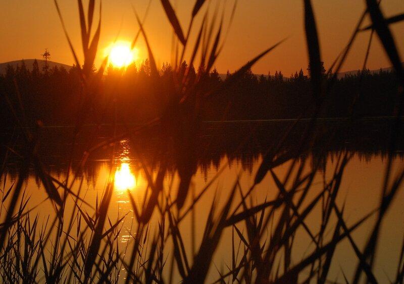 Закат на Щучьем озере. Время перевалило за полночь. 00:21