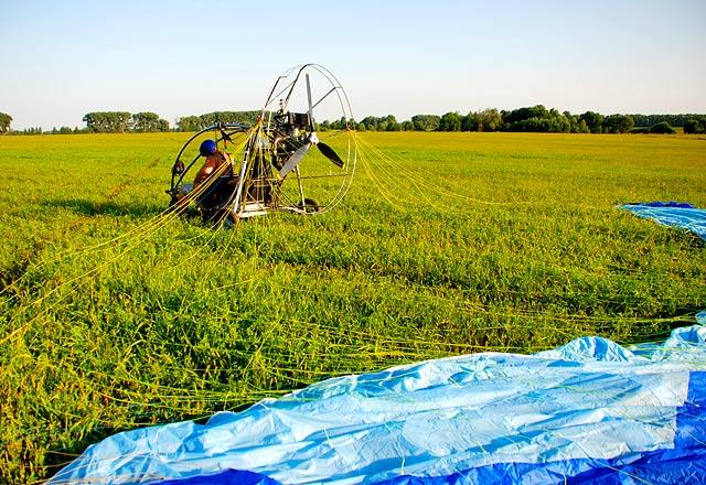 Політ над Меню на паратрайку. Фото