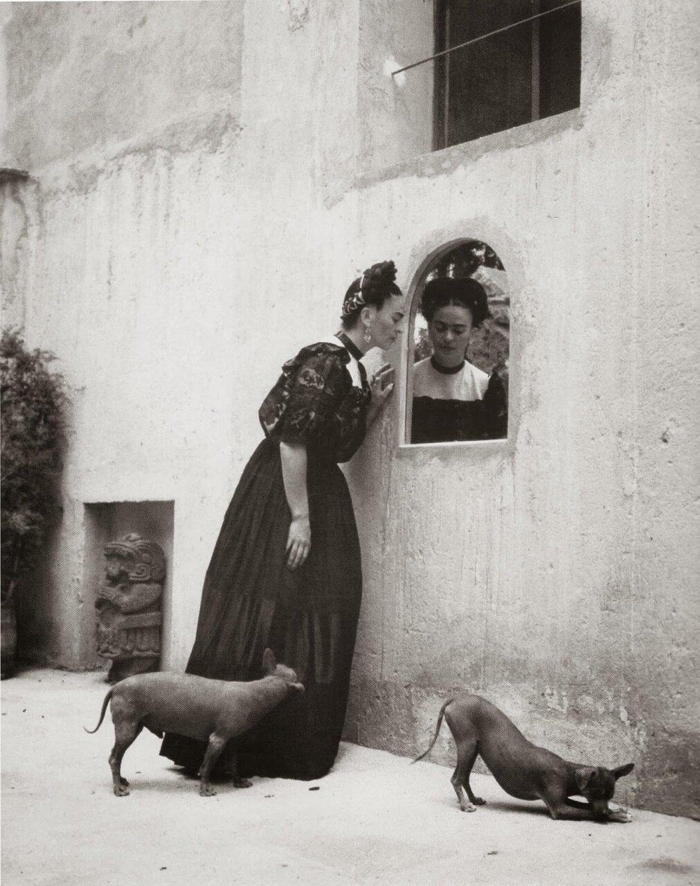 1944. Фрида Кало, штат Калифорния.