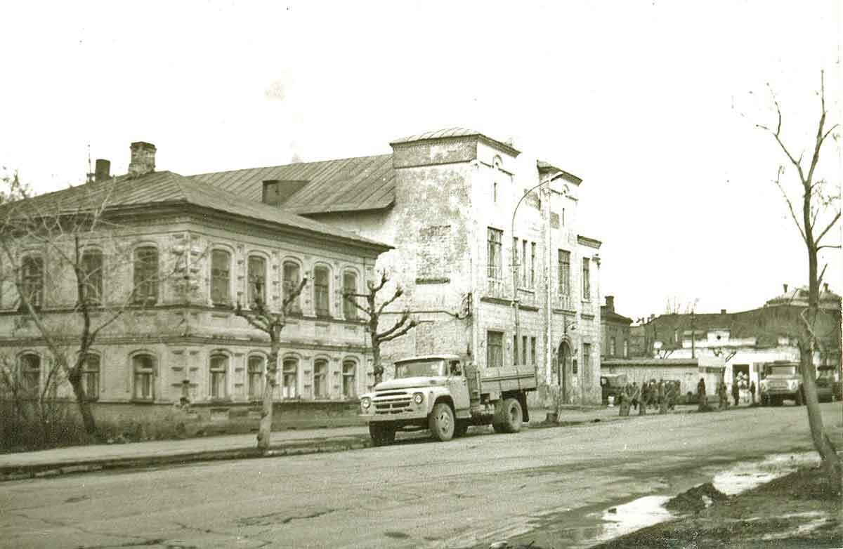 Здание электросбыта на ул.Большевиcтская
