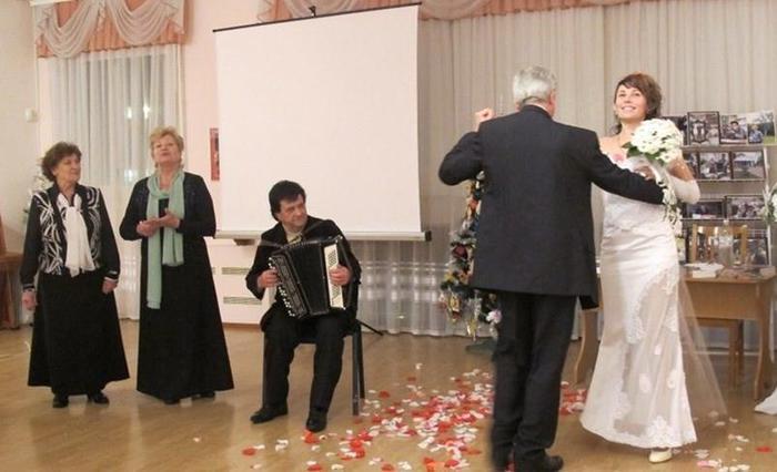 «У ритмі Віденського вальсу»   ювілейний творчий вечір Романа Любарського