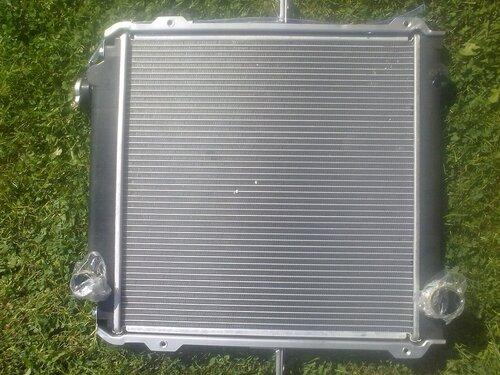 Радиатор охлаждения двигателя YUEJIN 1041