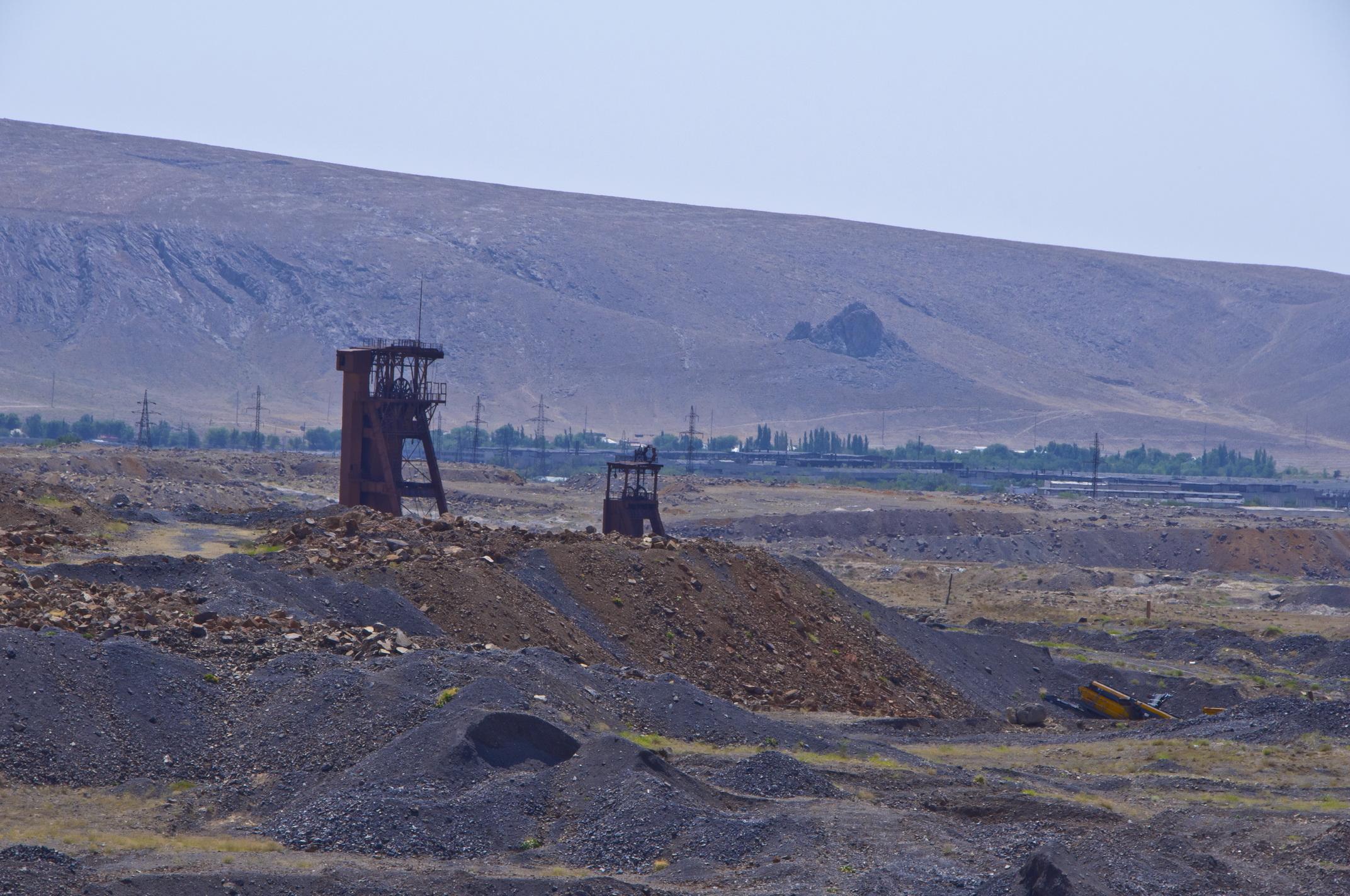 Рудники и производства г.Кентау 0_6ec6c_4d114a88_orig