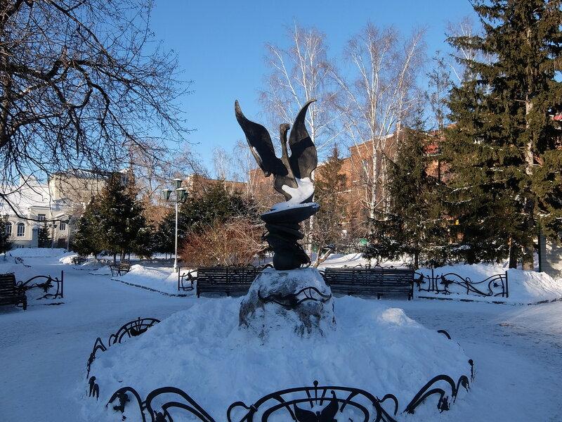 Томск - Памятник музе