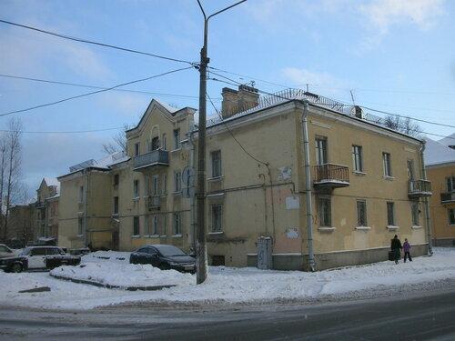 Загородная ул. 32