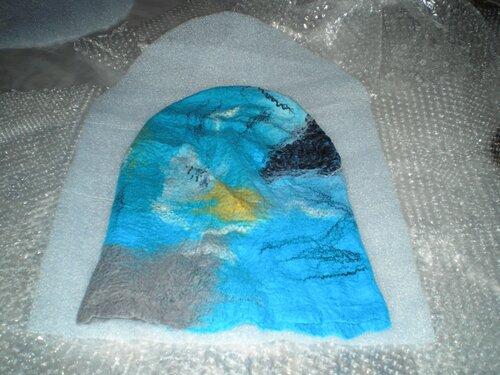 Ставим шапку сушиться, предварительно подвернув часть шапки наружу (край...