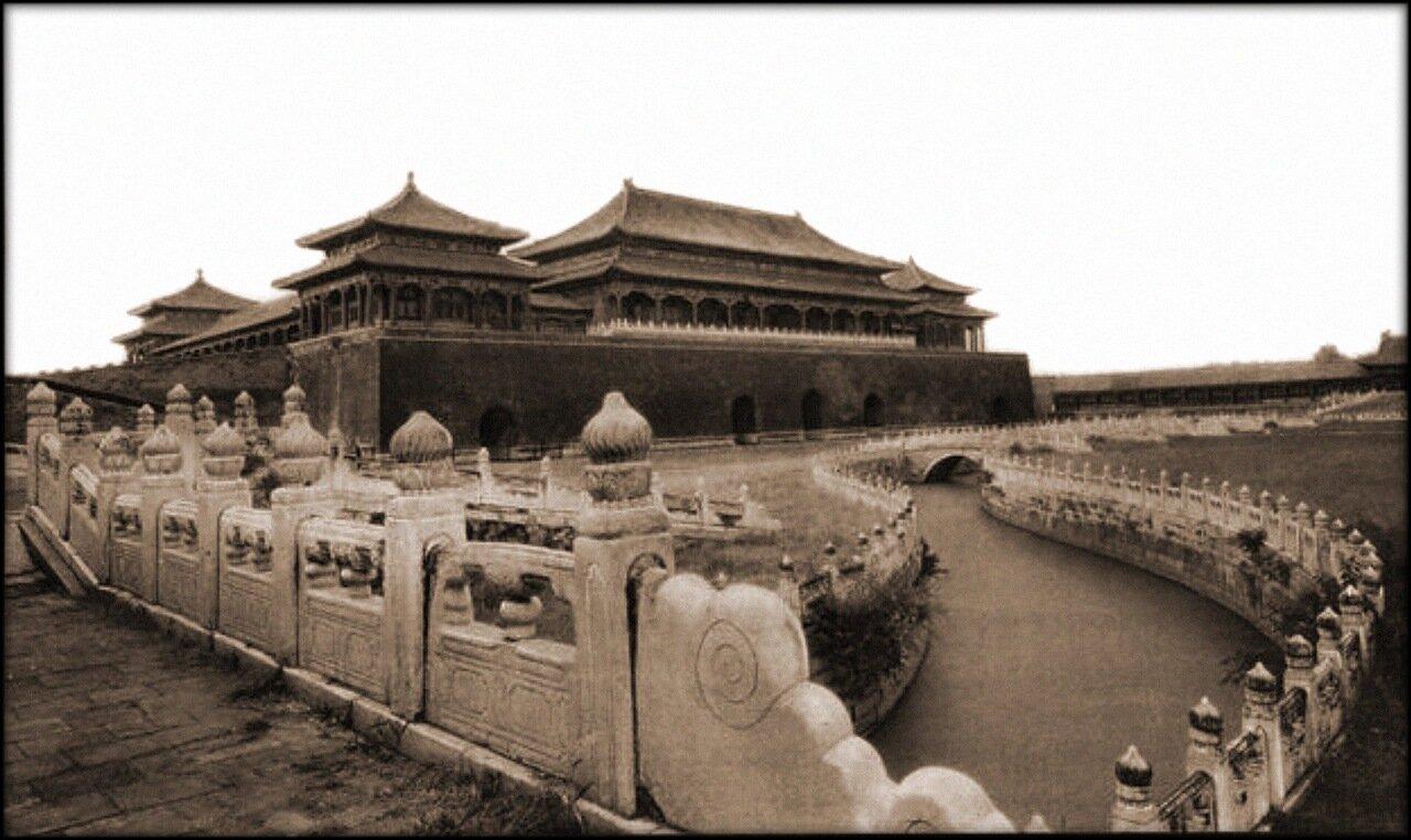 1927. Полуденные ворота, вход в Запретный город, Пекин