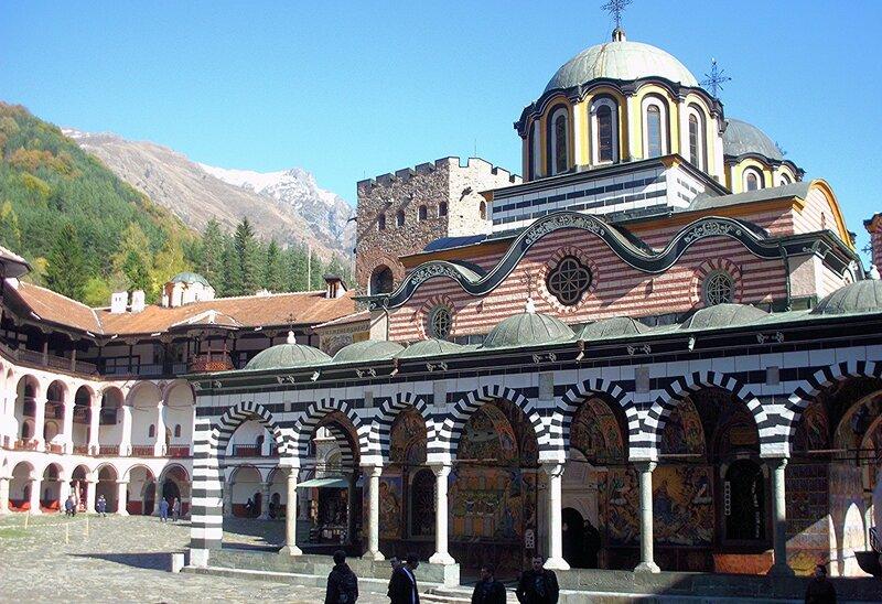 Кафоликон Рильского монастыря...