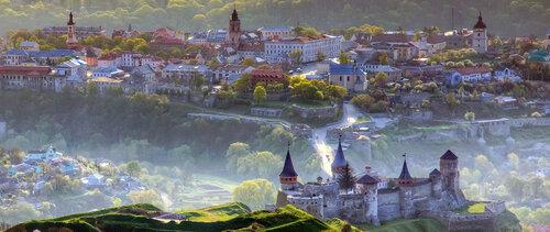 Кам'янець-Подільський, краєвид з повітряної кулі. Фото Олега Жарія
