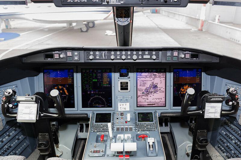 Bombardier CL-600-2B16 Challenger 605 (9H-VFJ) VistaJet D807671
