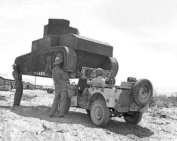 tank-jeep-01.jpg