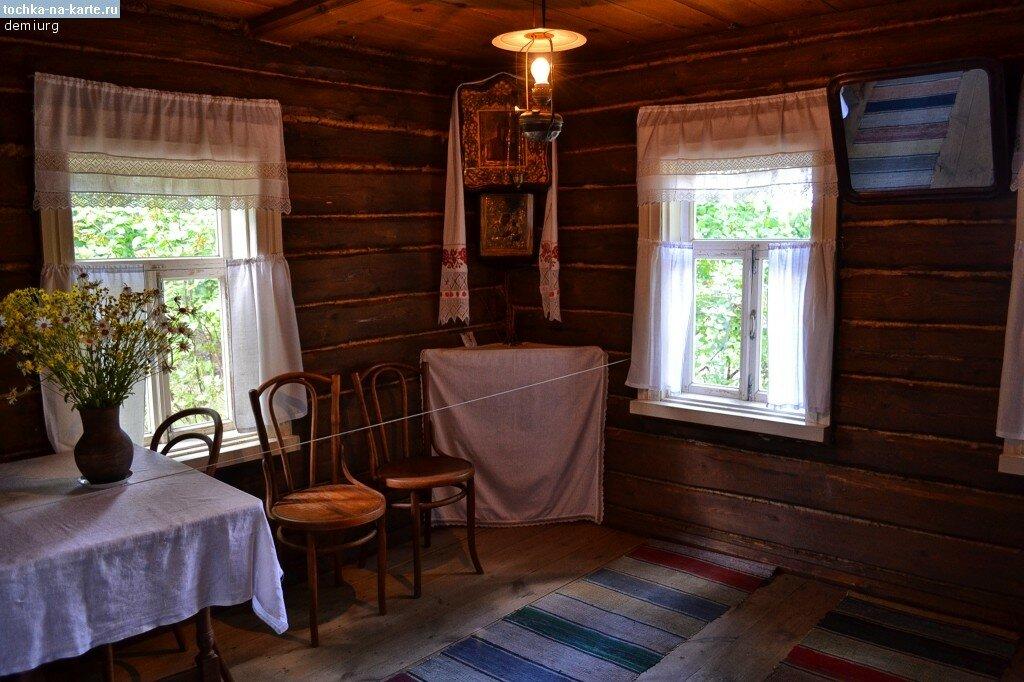 3049-Vnutri-doma-Eseninyh-v-Konstantinovo.jpg