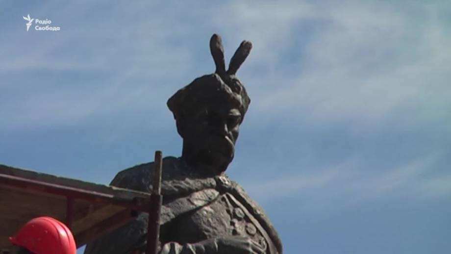 Исторический «разворот» Богдана Хмельницкого. Теперь спиной к москве?