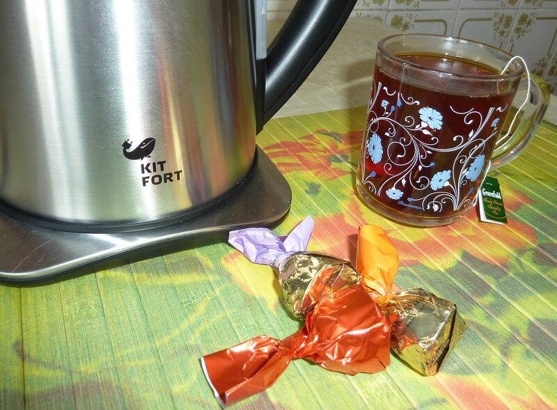 Электро чайник Kitfort КТ-613  (17).jpg