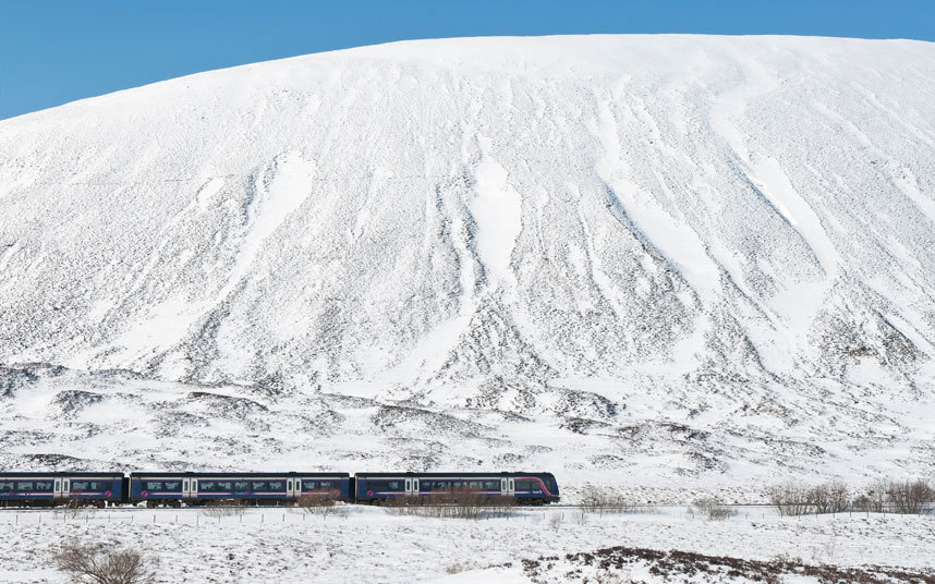 11. Далекий север Строительство этой железной дороги проходило в ужасных условиях шотландской глубин