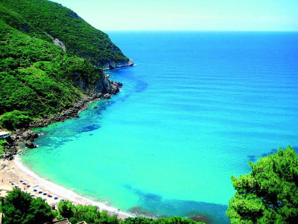 Что нужно сделать обязательно: Позагорать на пляжах островов Крит, Корфу, Родос и Кос. Сплавать на С