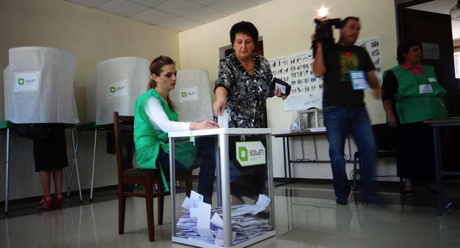 ЦИК: Парламентские выборы вГрузии начались довольно спокойно