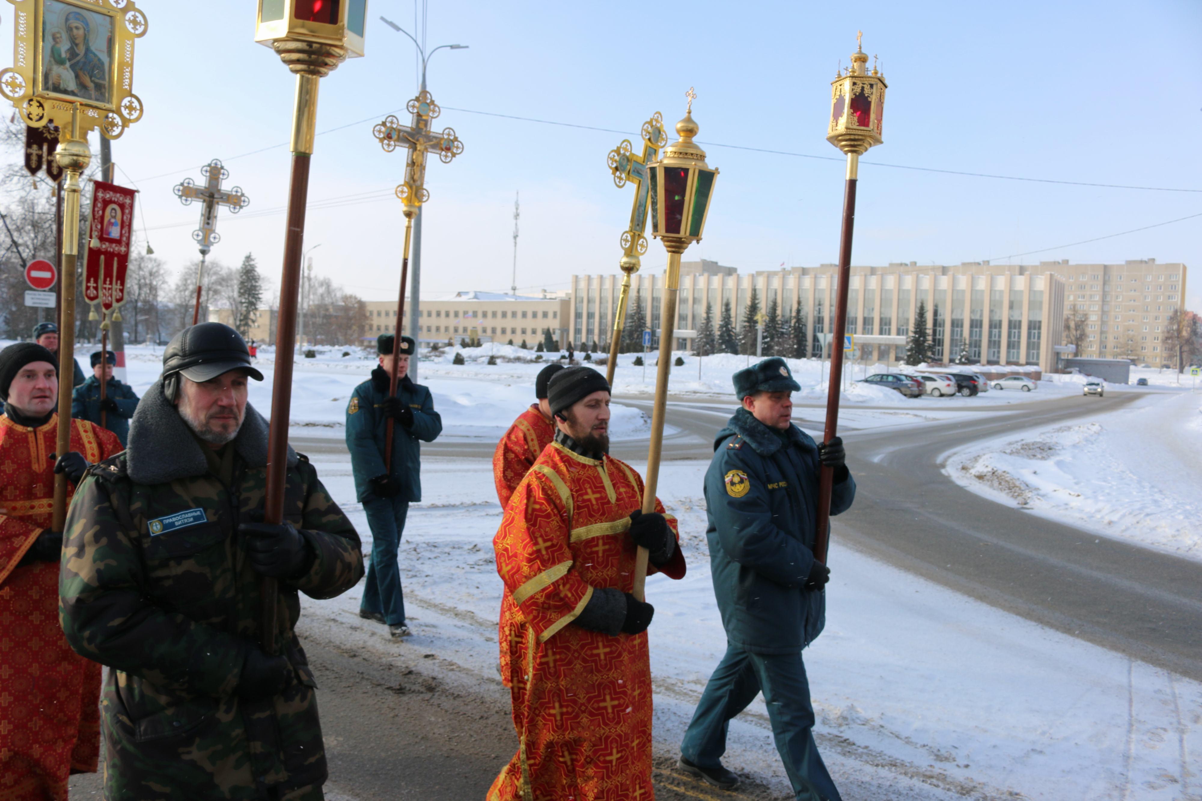 Крестный ход в день памяти новомучеников и исповедников Церкви Русской прошел в Выксе-09