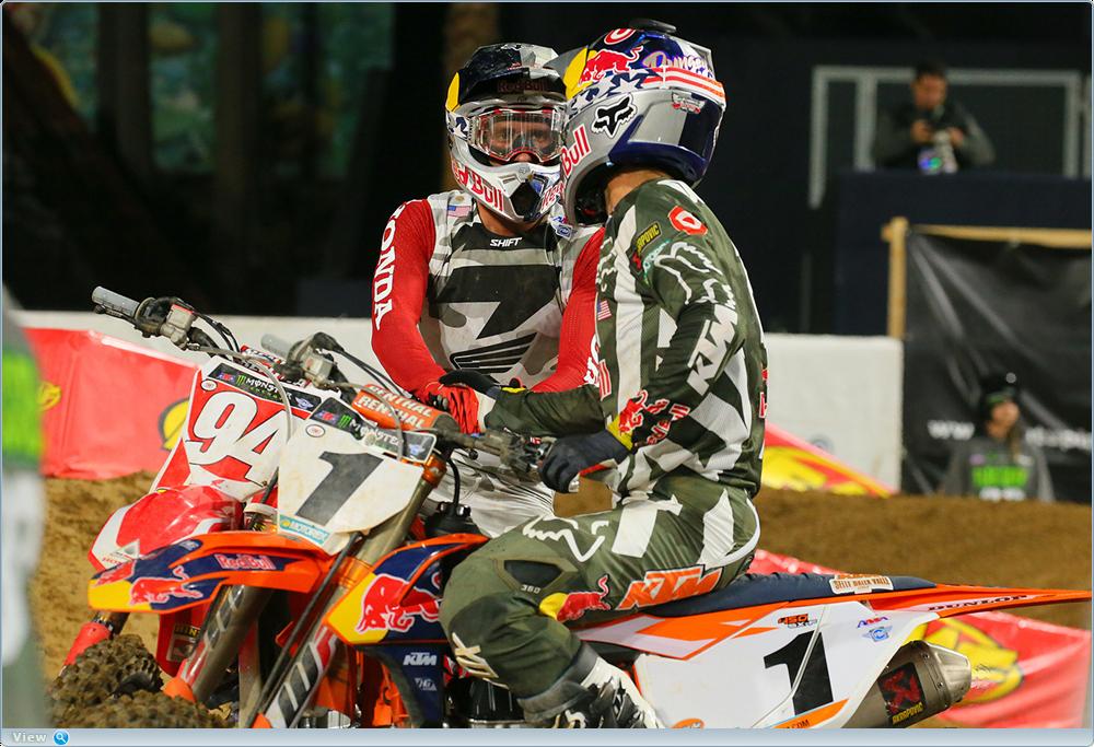 AMA Supercross 2017, этап 2 - Сан-Диего (фото, видео)