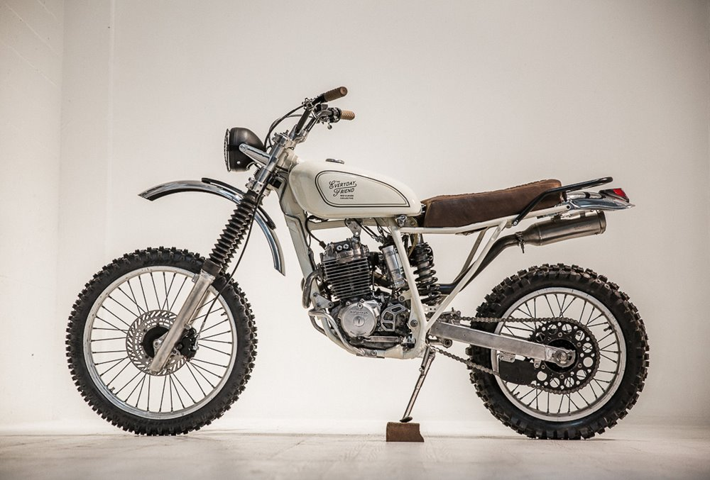Red Clouds Collective: скрэмблер Honda XR250