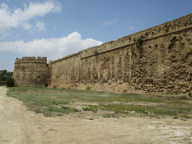 Фамагуста. Город. Стена от Арсенальной до башни Кампо-Санто
