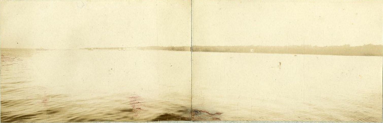 Вид на Петергоф с Финского залива