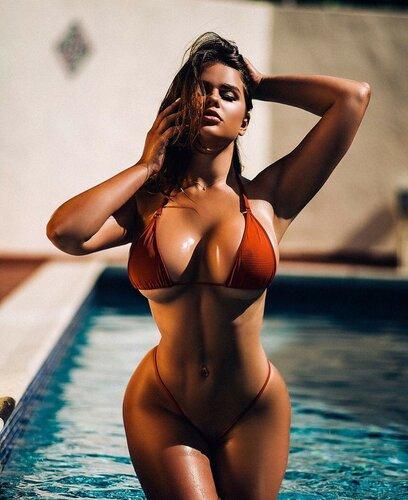 Женская кросота тела груди попки 0 фотография