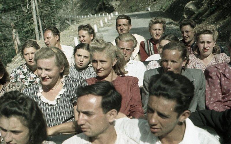 1952 Из серии «Озеро Рица». Владислав Микоша.jpg