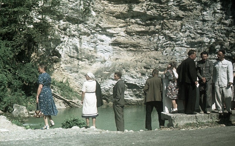 1952 Из серии «Озеро Рица». Владислав Микоша16.jpg