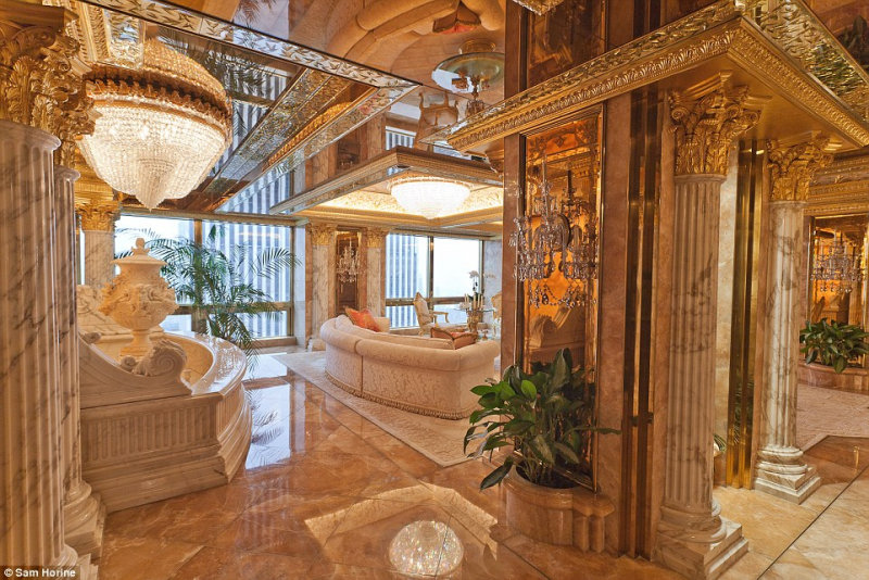 Когда Трамп устает от скромной нью-йоркской обители, он садится в Boeing-757 стоимостью 100 млн