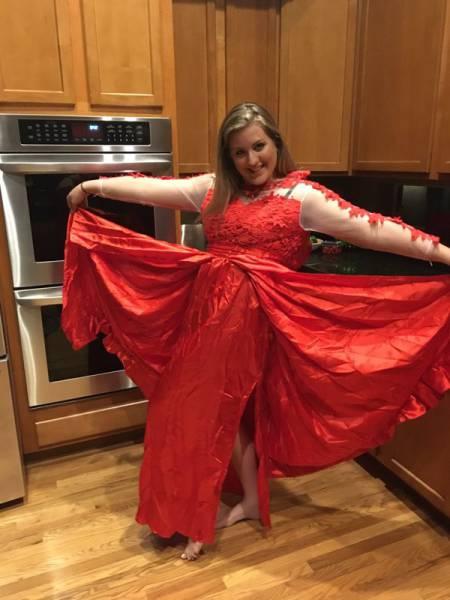 Выпускное платье оказалось совсем не таким