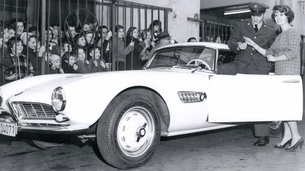 Самым известным владельцем вожделенной модели BMW 507 (1956-1959) был молодой американский музыкант