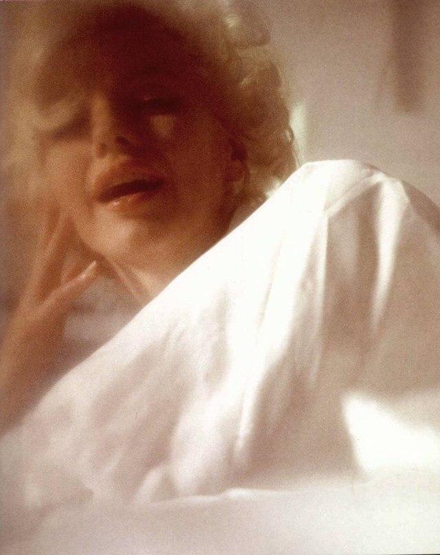 В постели с Мэрилин Монро (9 фото)