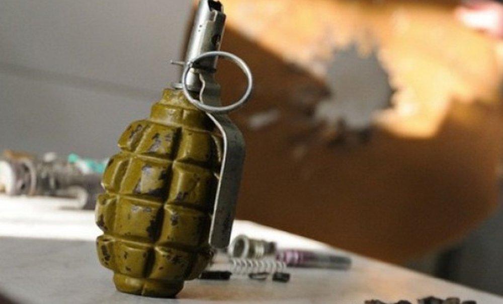 Водном израйонов украинской столицы взорвалась граната