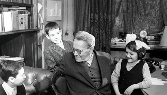 2017 год в Российской Федерации будет годом детского писателя Самуила Маршака