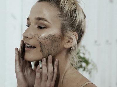 Маска выравнивает цвет кожи
