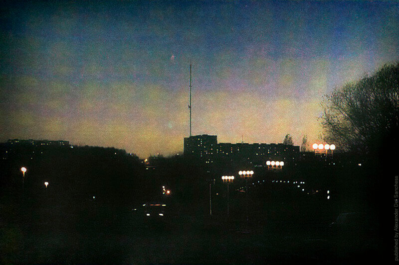 Ночной Белгород 1993 г. Фото В.Собровина.jpg