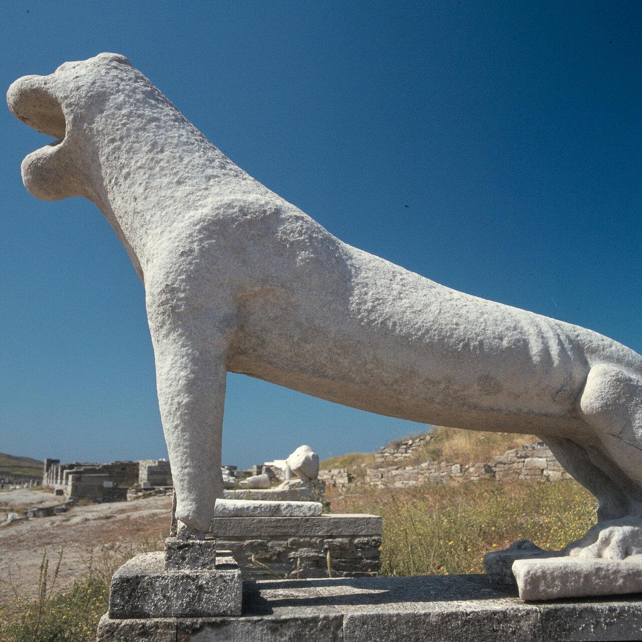 Делос. Каменный лев VII в. до н.э.