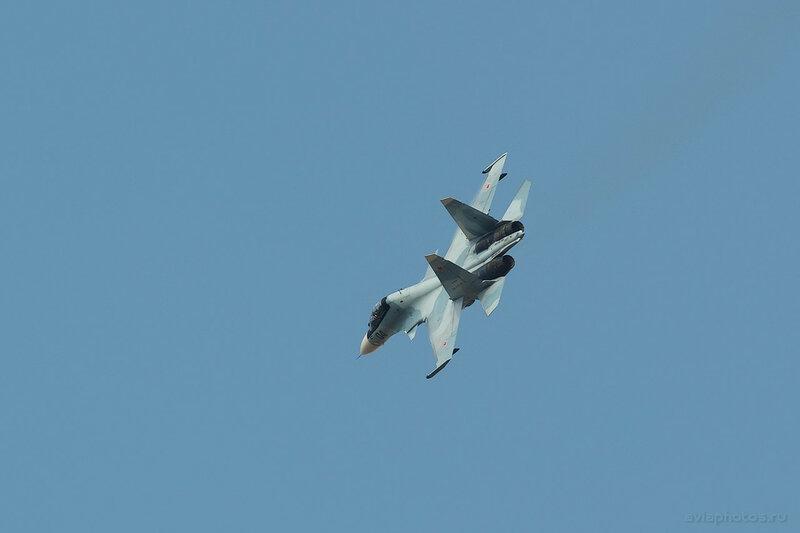 Сухой Су-30СМ (RF-93686 / 04 черный) ВКС России 0930_D806310