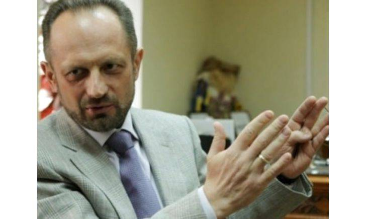 Для решения ситуации на Донбассе необходимо искать новые форматы, -Безсмертный