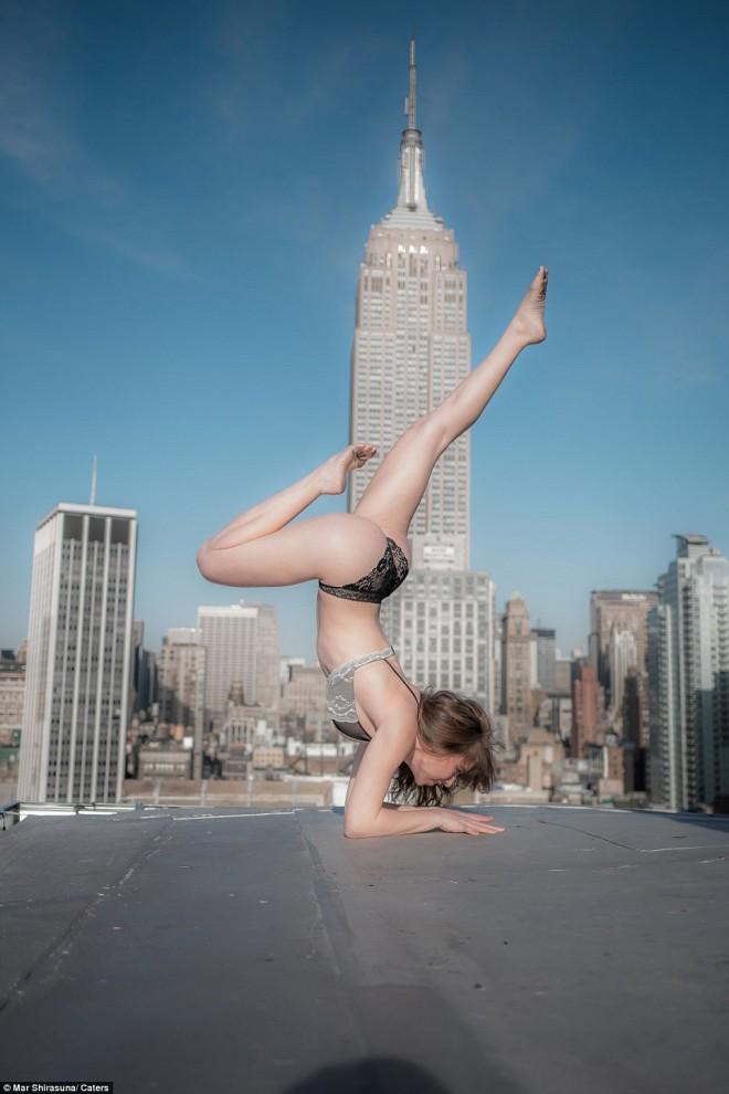 Серия фотографий Мара Ширасуны получила название «Красавица и Нью-Йорк». Модели на снимках Мара Шира