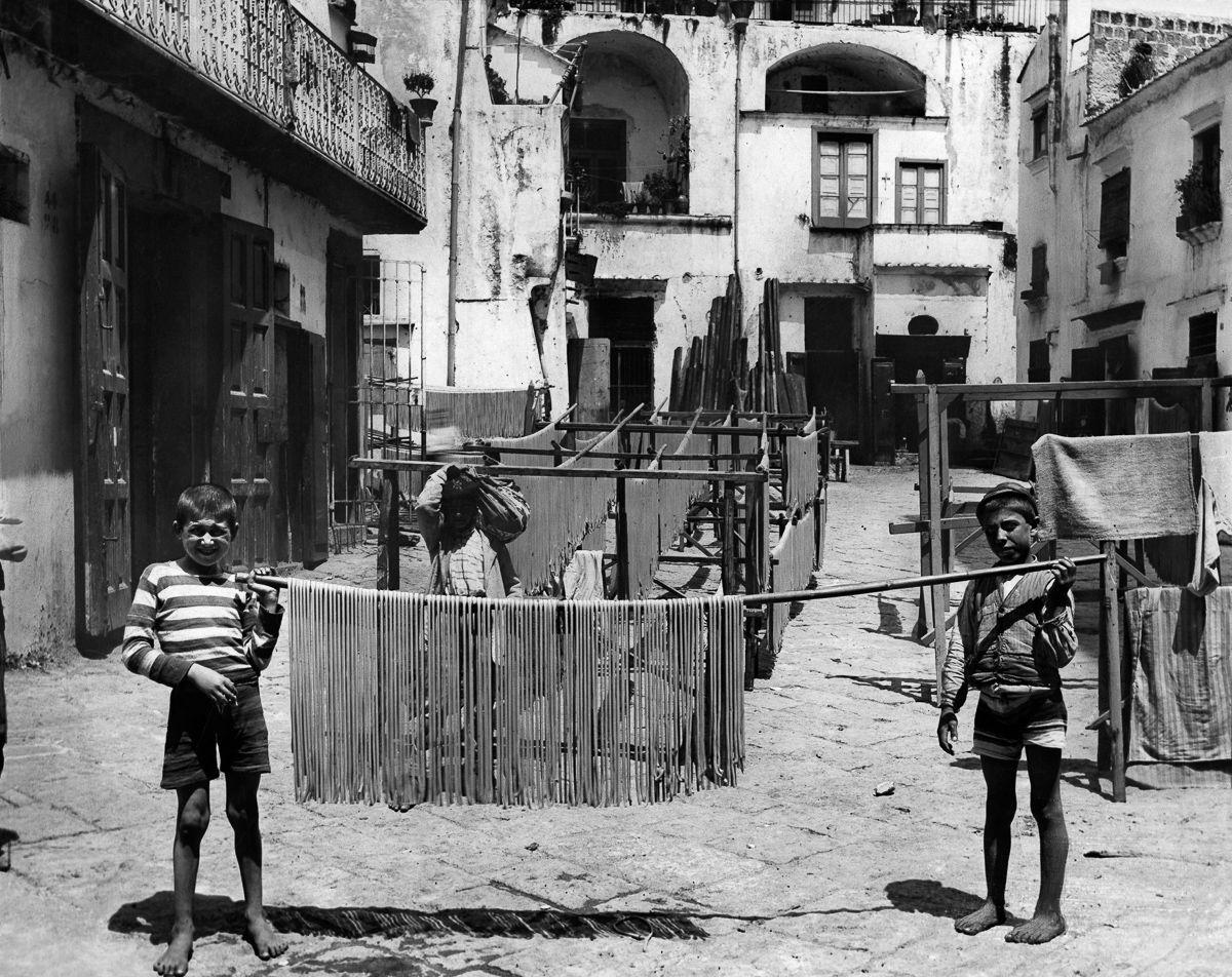 1928 год.