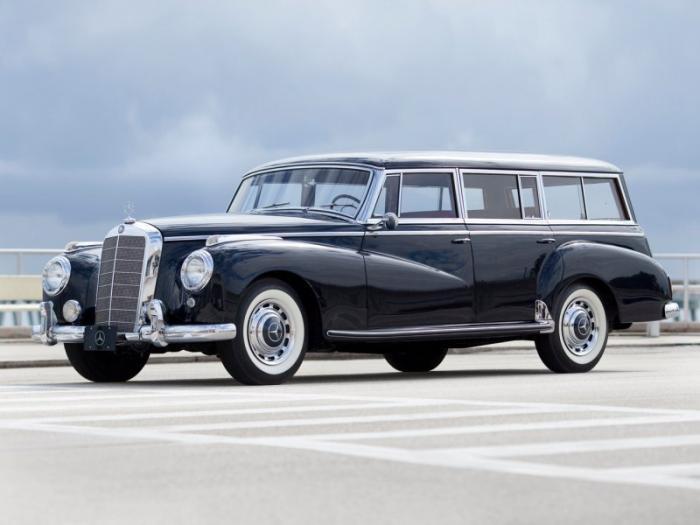 Единственный универсал Mercedes-Benz 300C родом из 50-х (10 фото)
