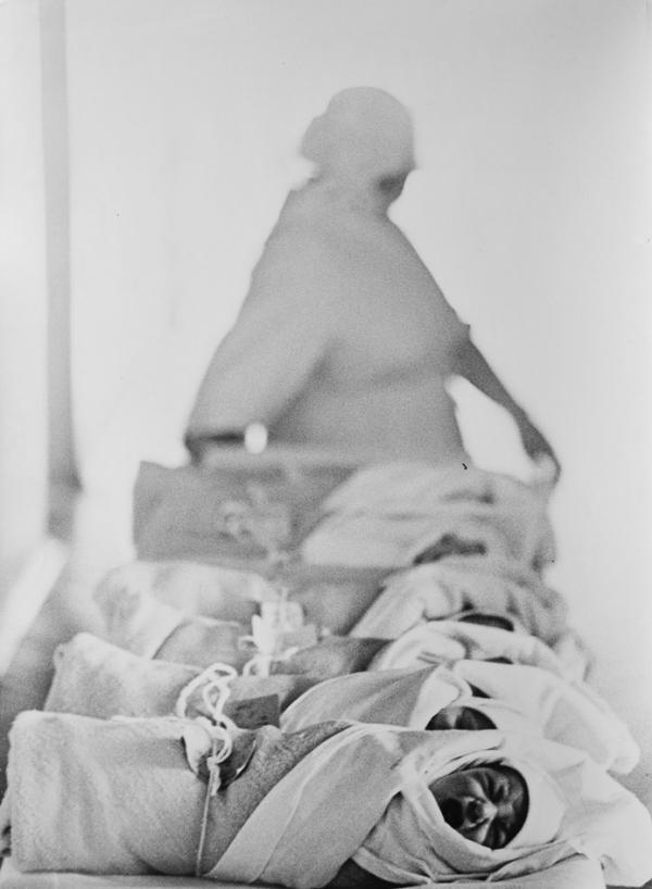День первый. 1964 год. Фотограф: Лев Шерстенников.
