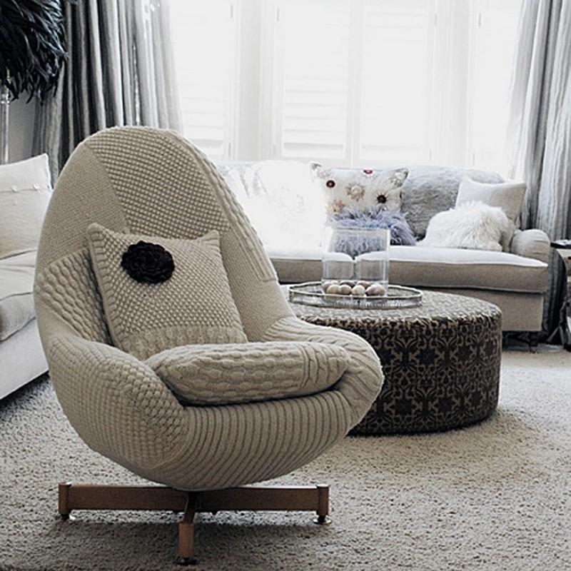 15. Уютное кресло в светлом вязаном чехле. http://bigpicture.ru/?p=693900