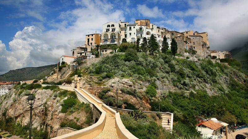 Самые красивые деревни Италии, Сперлонга