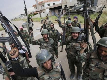 Сирийская армия иополченцы отбили утеррористов лагерь беженцев Хандарат