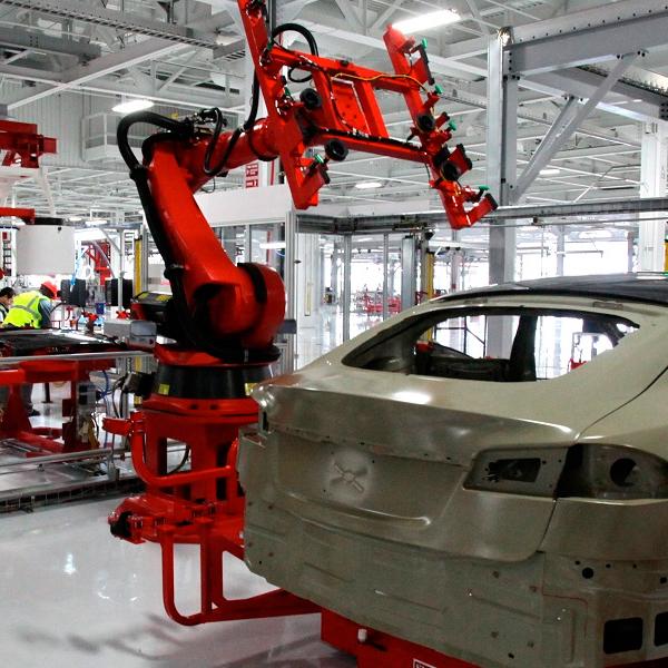 Tesla Motors организует серийное производство вевропейских странах